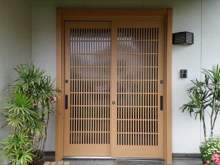 LIXILリシェント玄関引戸18型