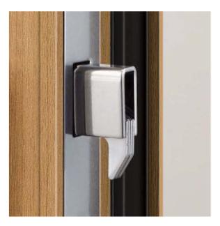 ykkap玄関ドアのデッドボルト