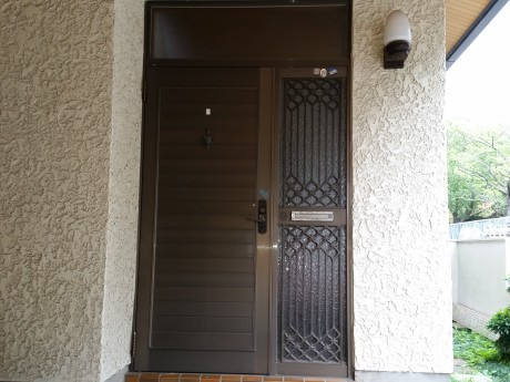 玄関ドア交換工事前