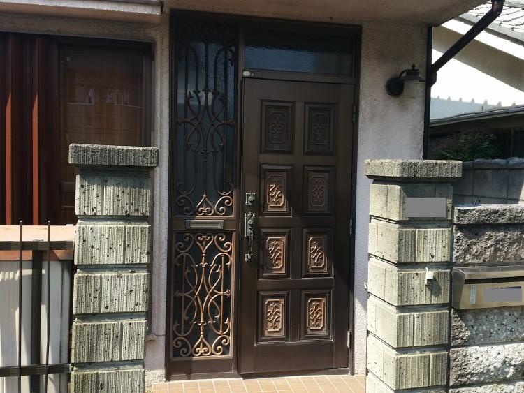 玄関ドア工事前