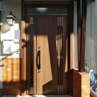 片袖枠のドアを親子ドアにリフォーム!追加工事費はいただきません【LIXILリシェントG82型】