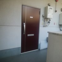 大田区のマンションで玄関ドアをリフォームしました