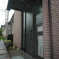 ミサワホームの玄関ドアをリモコンキー付きのドアにリフォーム【LIXILリシェントM17型】