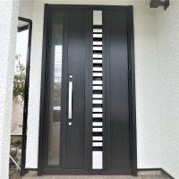玄関ドア専門店だからできることがあります