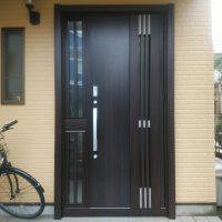川口技研のALVISTAというドアを採風ドアにリフォー【LIXILリシェントM83型】
