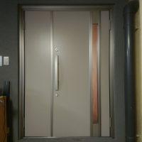 木製のドアを断熱ドアにしました【LIXILリシェントM78型】