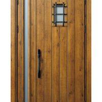 古い在来工法の玄関ドアも得意です【マイスター社長ブログ】