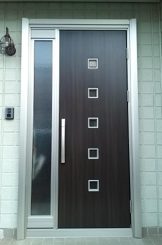 結露しない高断熱の玄関ドア
