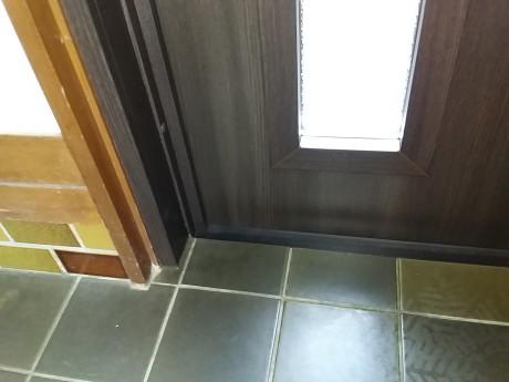 玄関ドアリフォーム,施工事例,段差